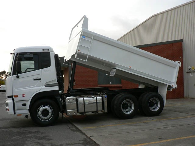 JG Schulz Motor Body Builders, Adelaide, South Australia - Tippers - Hardox Cleanskin Tipper