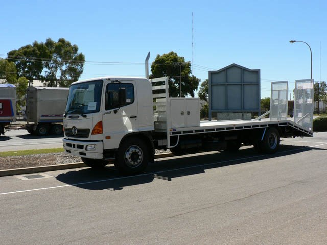 JG Schulz Motor Body Builders, Adelaide, South Australia - Trays - Heavy Duty Tray